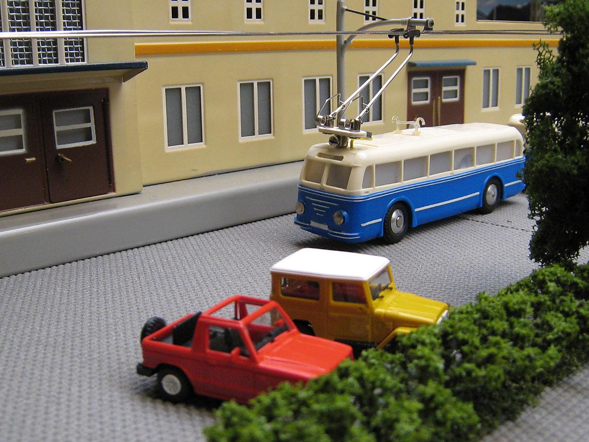 Eheim Trolley Bus  Pmvscalo34